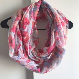 Infinity scarf with pink flowers